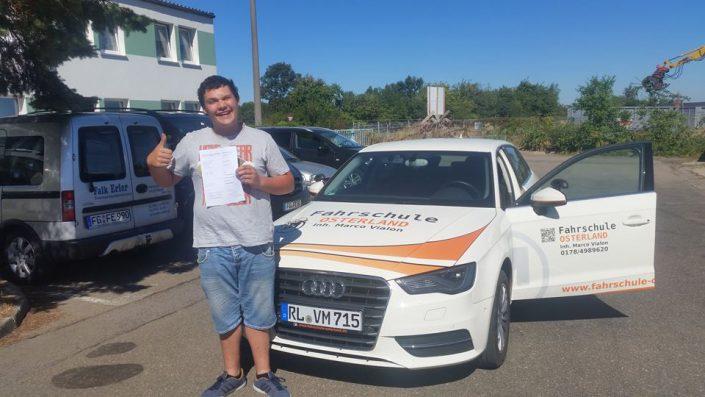 Fahrschüler Fahrschule Osterland nach bestandender Prüfung